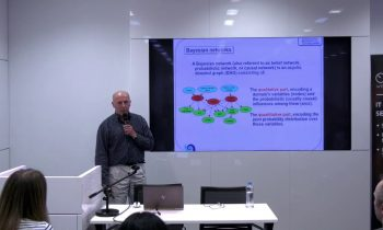 """PyData presentation """"A Crash Introduction to Learning Bayesian Networks and Causal Discovery"""""""